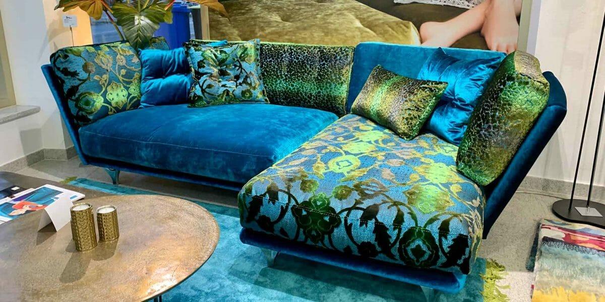 Bretz Napali Sofa 126 in blau/türkis Mix Bezug