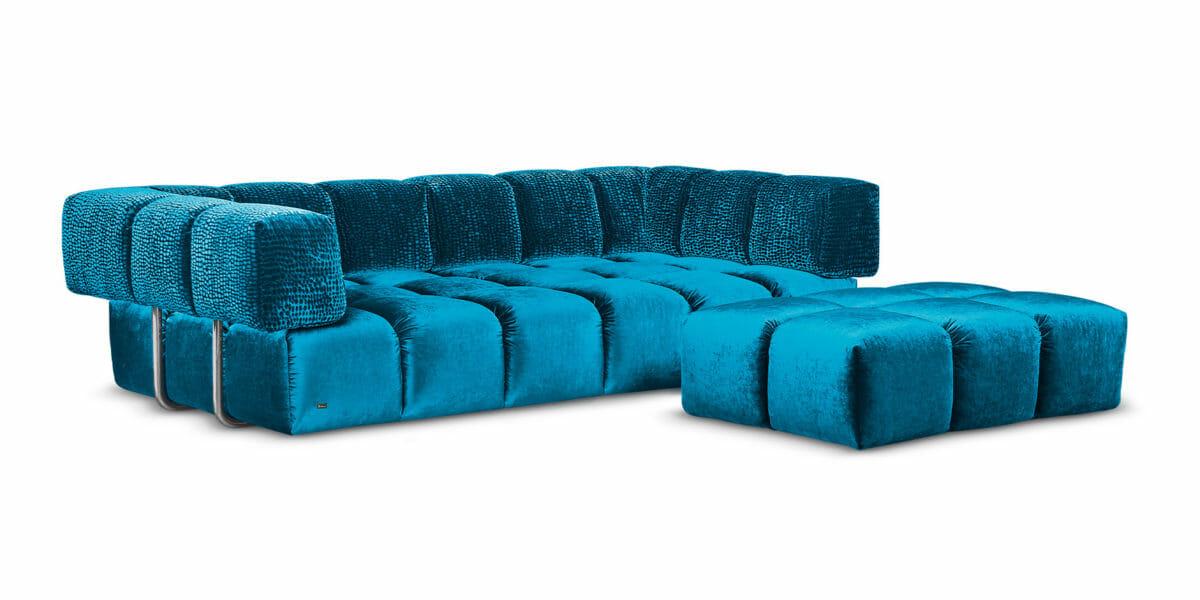 Bretz Sofa Edgy F107 in Enzianblau/blue drops Bezug mit Hocker