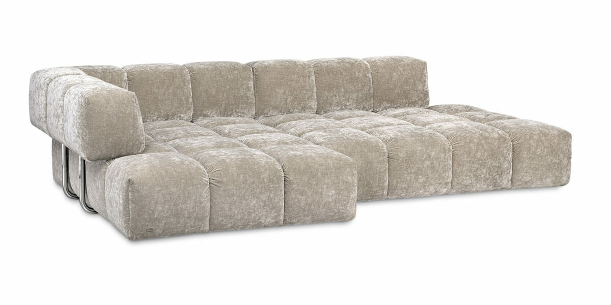 Bretz Sofa Edgy Q107 mit Ottomane (links) in Cashmere Bezug