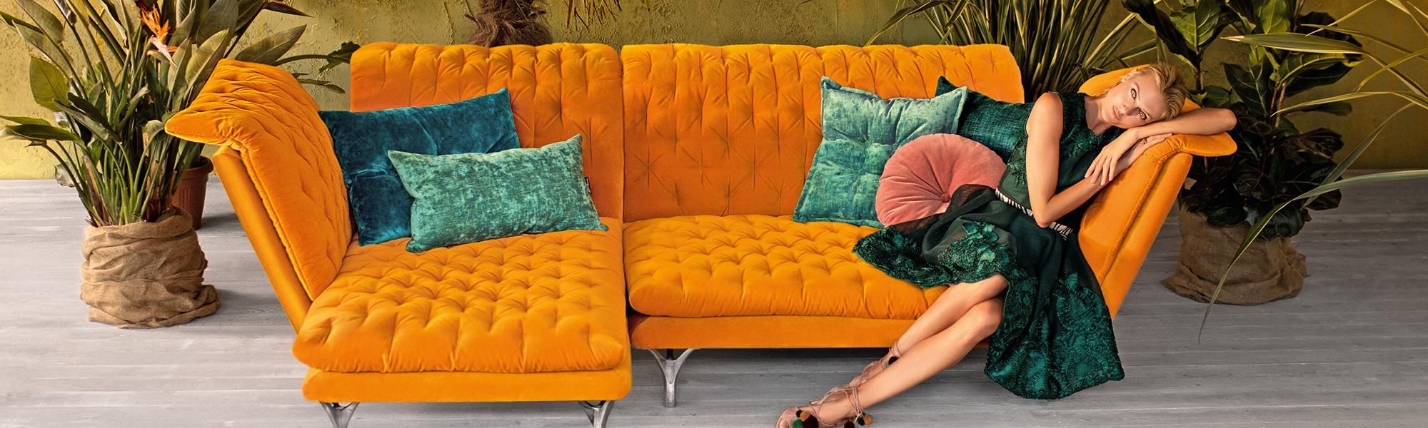 Bretz Sofa